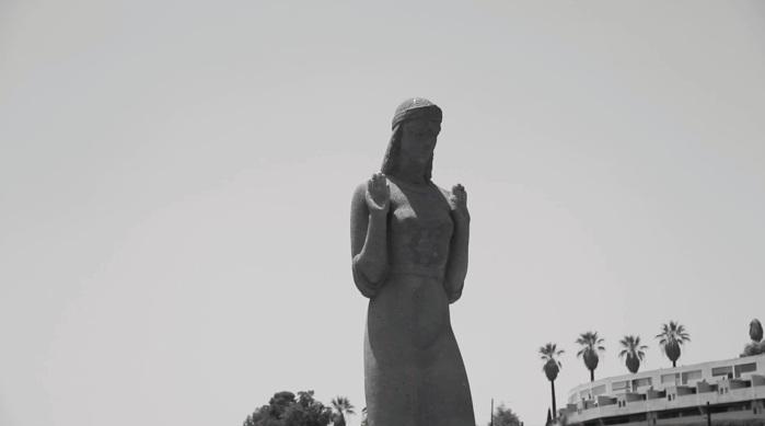 Statue at Echo Park Lake