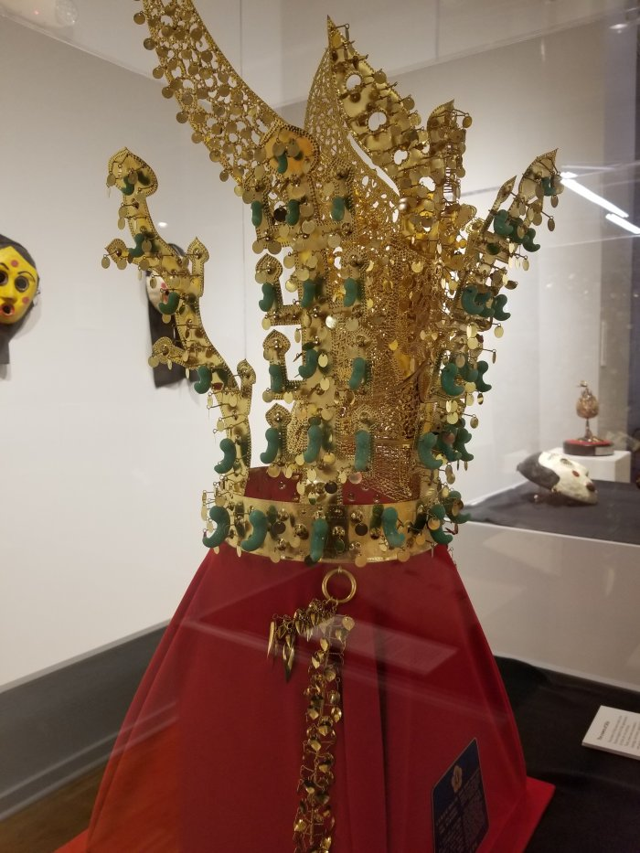 Crown Piece at the Korean Cultural Center of Chicago